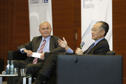 Otmar Issing, CFS President, and Jim Yong Kim, President of the World Bank